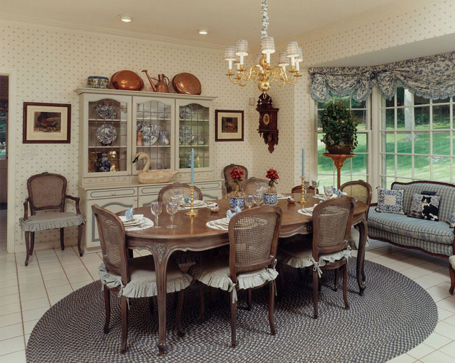 Rosemary bellinger interiors palm beach fl greenwich for Country kitchen dining room ideas